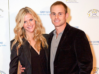 Baby on the Way for Andy Roddick & Brooklyn Decker
