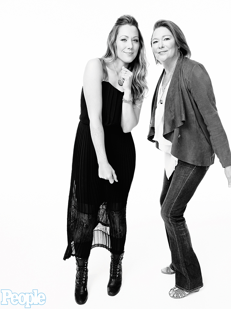 Photo of Colbie Caillat & her Mother  Diane Leineke