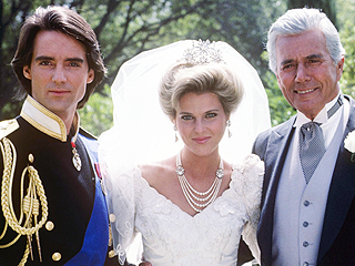 Dynasty's Most Infamous Cliffhanger Aired 30 Years Ago