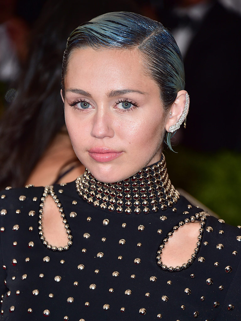 Miley Cyrus: Not All of My Relationships Have Been 'Straight ...