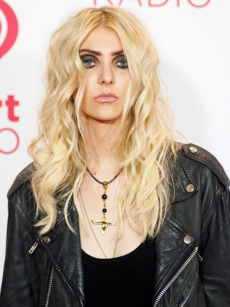Taylor Momsen on Touring the World, Why Her Dad's Her 'Biggest Fan ...