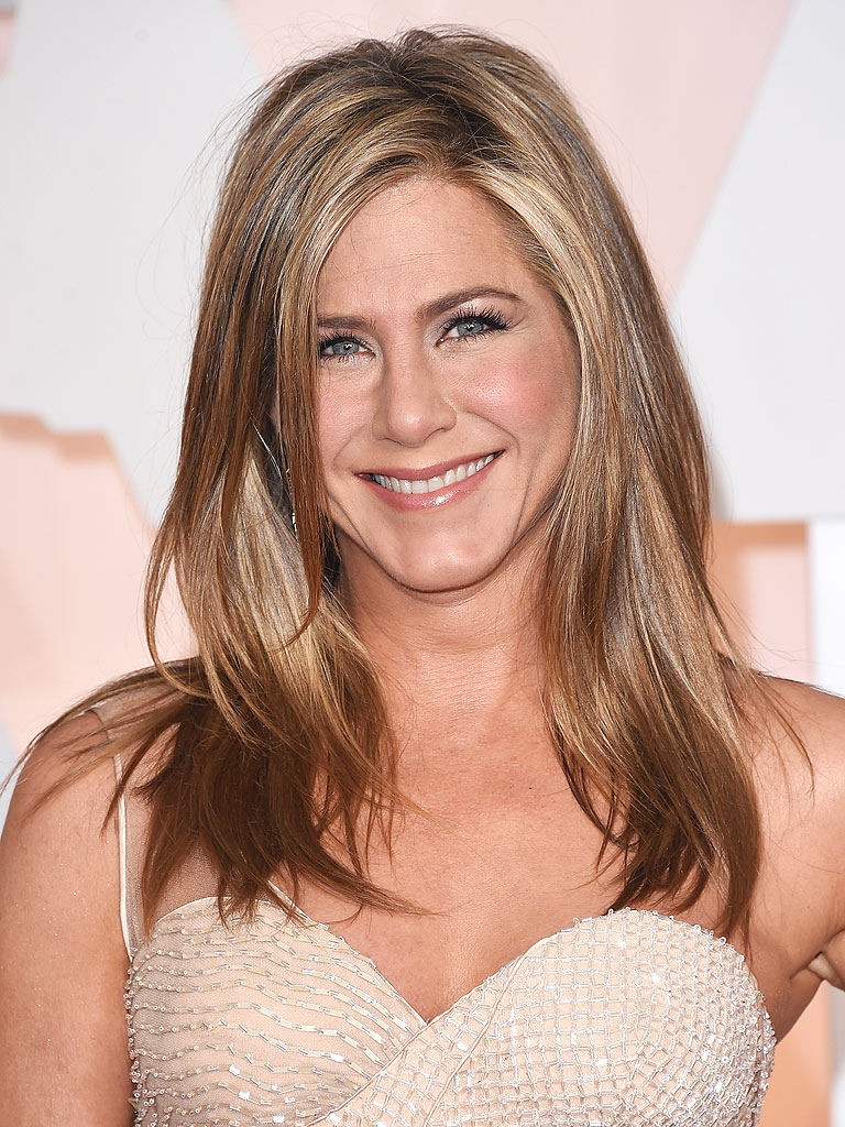 Jennifer Aniston Talks... Jennifer Aniston