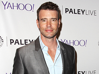 Scott Foley Explains Why Those Scandal Sex Scenes Aren't as Steamy as You Think