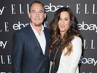 Alanis Morissette: Breastfeeding Can Be 'Intimidating'