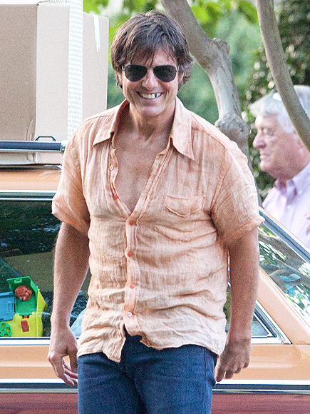 Tom Cruise Missing Tooth