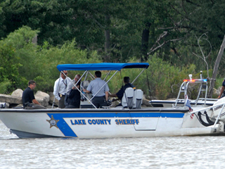 Man Takes Cat Canoeing, Drowns Trying to Save It