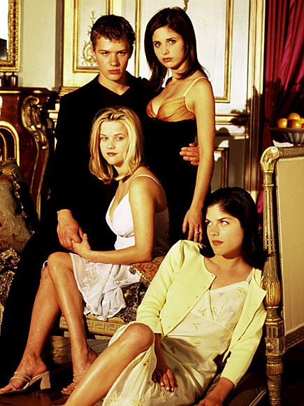 She's Back! Sarah Michelle Gellar Returning for Cruel Intentions Reboot| Cruel Intentions, TV News, Reese Witherspoon, Ryan Phillippe, Sarah Michelle Gellar
