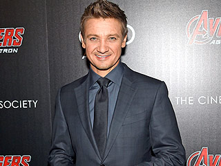 Jeremy Renner Crashes a Couple's Wedding in Houston