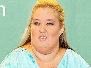Mama June Shannon Mad over TLC's 'Double Standard' for Not Canceling 19 Kids and Counting