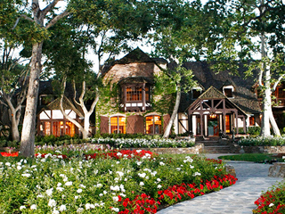 PHOTOS: Michael Jackson's Neverland Ranch on the Market for $100 Million | Michael Jackson
