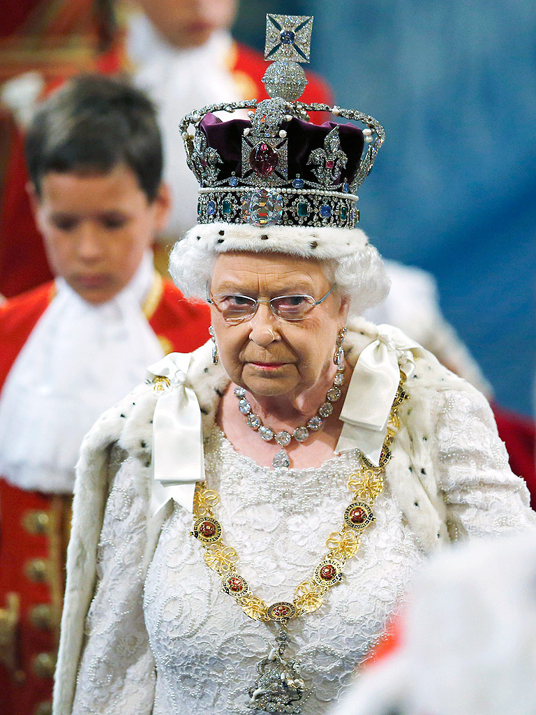 Queen Elizabeth's Imperial State Crown : People.com