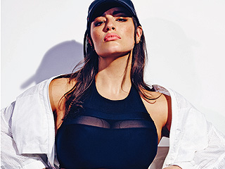 Ashley Graham Had Agents Telling Her to Lose Weight: 'He Was Waving $20 Bills in My Face'