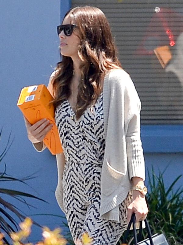 Jessica Biel Post-Pregnancy
