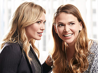Sutton Foster on Younger Costar Hilary Duff's Tinder Dates: 'I'm Letting Her Do Her Thing!'