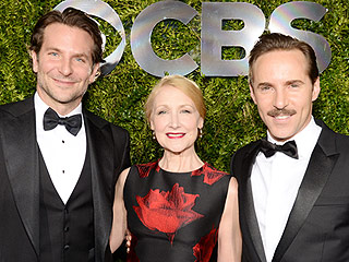 Elephant Man's Alessandro Nivola Jokes, 'If I Were Gay,' Bradley Cooper Would 'Be the Guy' | Tony Awards, The Elephant Man, Alessandro Nivola, Bradley Cooper