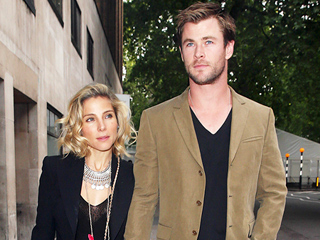 Emily Blunt and Chris Hemsworth Make It a Double Dinner Date While Filming in Britain (PHOTOS)
