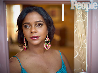 Former Saved by the Bell Star Lark Voorhies Says She's Being Impersonated Online by Fake Social Media Accounts | Lark Voorhies