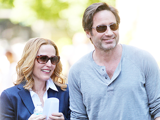 See Gillian Anderson and David Duchovny Reunite on the X-Files Set