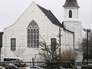 Dylann Roof's Lawyers Challenge Death Penalty for Church Mass Shooting, Ask for Life in Prison