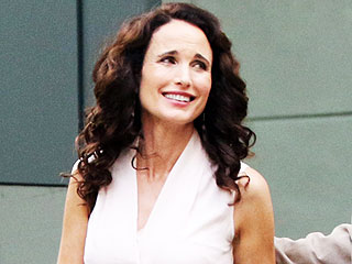 Andie MacDowell Stuns at 57 – and PEOPLE Has Her Beauty Secrets!
