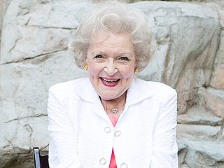 FROM EW: Betty White Set to Guest Star on Bones as New Squintern | Betty White