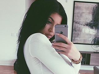 Kylie Jenner Reveals That She Has Officially Graduated From High School