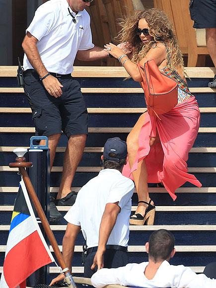 Mariah Carey Falls