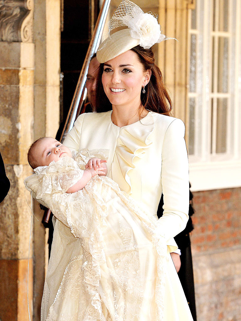 Princess Charlotte's Christening Gown Is the Ultimate Baby ...