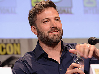 Ben Affleck Continues to Wear His Wedding Ring During First Post-Split Public Appearance at Comic-Con