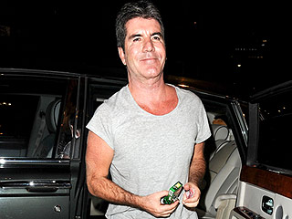 Simon Cowell Returns to X Factor Following His Mother's Death