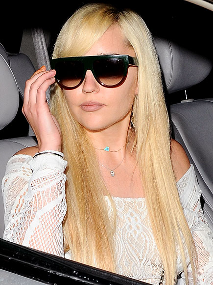 Amanda Bynes Back In School At Fidm People Com