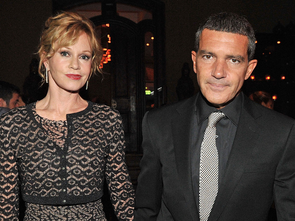 Melanie Griffith and Antonio Banderas Sign Divorce Papers: Report