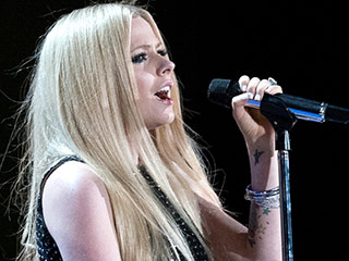 Avril Lavigne Returns to the Stage at the Special Olympics in Her First Performance Since Revealing Lyme Disease Battle
