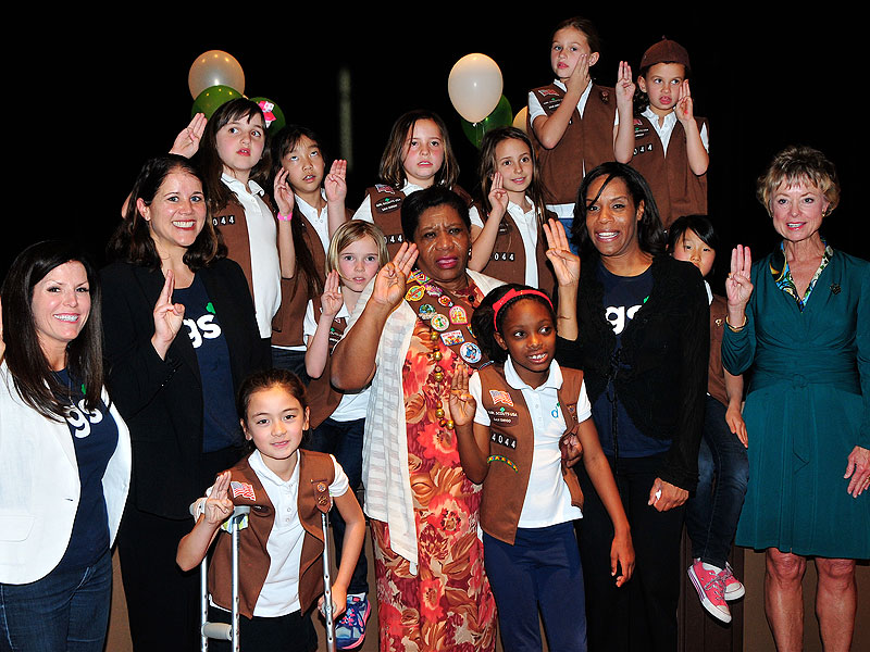 Sophonya Simpson Adams Helps Her Mom Become a Girl Scout 55 Years After A Teacher Denied Her the Right to Join| Heroes Among Us, Good Deeds, Real People Stories, Real Heroes