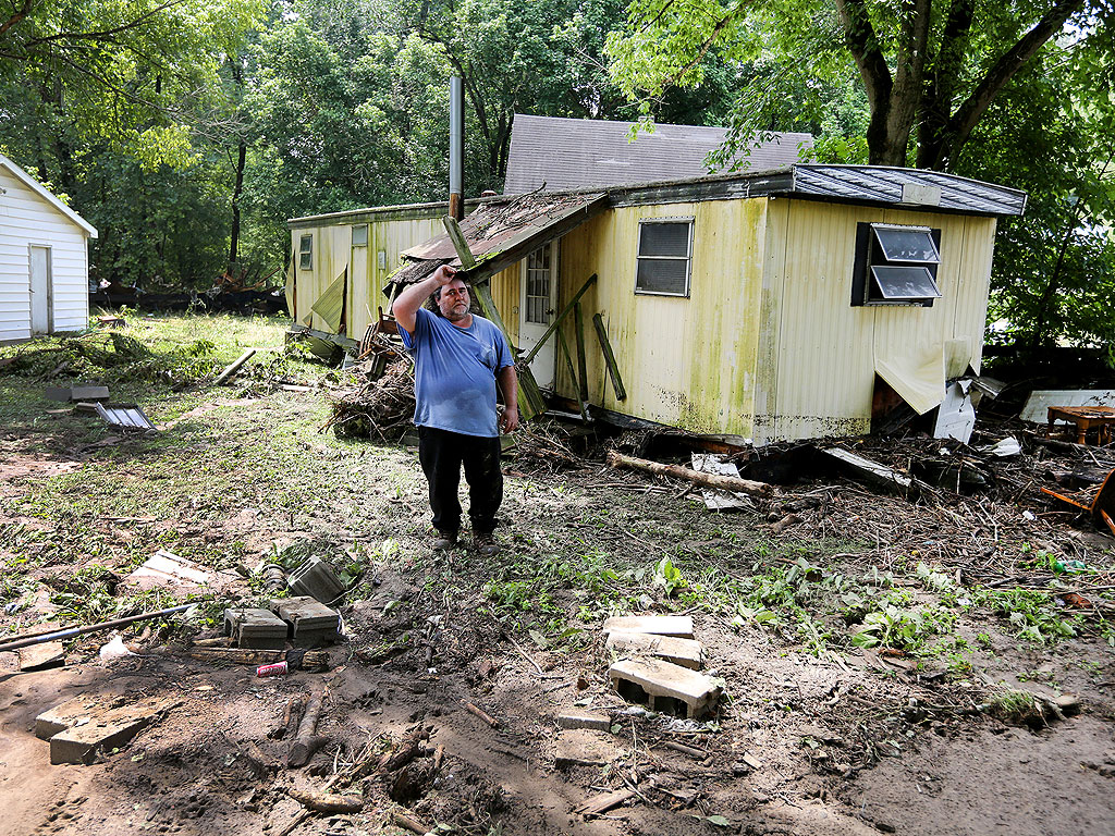 Pregnant Mom and 2 Children Killed in Ohio After Floods Swept Away Their Home| Death, Untimely Deaths, Real People Stories