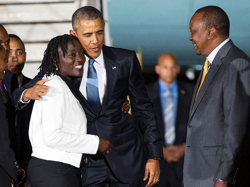 President Obama Has Emotional Reunion with His Sister in Kenya  Barack Obama