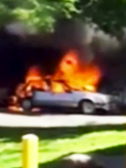 Oregon Teen Saves Woman Trapped Inside Burning Car at Gas Station| Good Deeds, Real People Stories, Real Heroes
