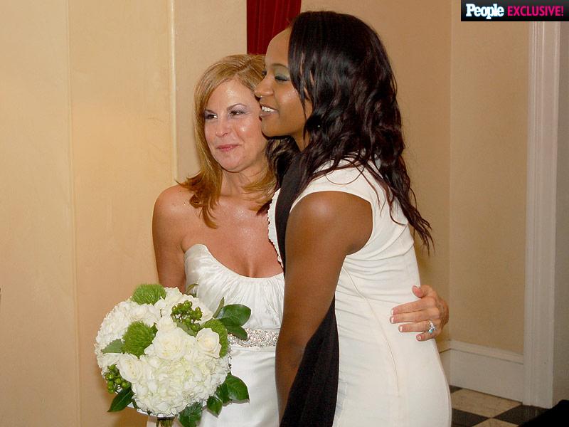 Bobbi Kristina Brown's Neighbor Remembers Brown and Nick Gordon's 'Very Passionate Relationship'| Death, Bobbi Kristina Brown, Bobby Brown, Whitney Houston
