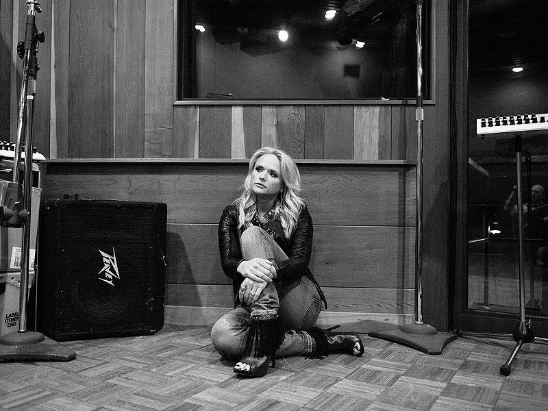 10 Stunning Photos of Taylor Swift, Dolly Parton and More from Nashville Photographer David McClister| Heartbreaker (Music - Ryan Adams), Dolly Parton, Johnny Cash, Miranda Lambert, Ryan Adams, Taylor Swift