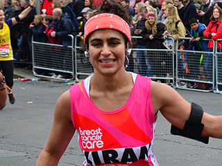 Woman Runs London Marathon Without a Tampon, Bleeds Freely to Raise Awareness