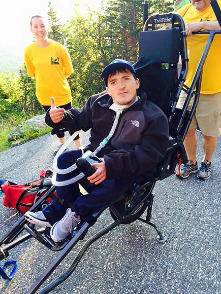 Massachusetts Man with Spina Bifida Scales Mount Washington