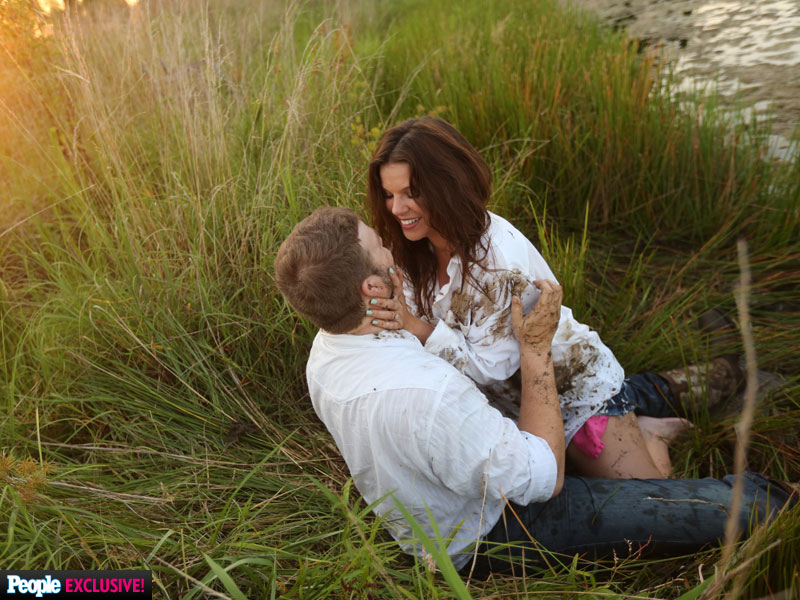 Duggar Gone Wild! See Amy Duggar's Shockingly Sexy Engagement Photo Shoot| Couples, Engagements, Wedding, TV News, The Duggars