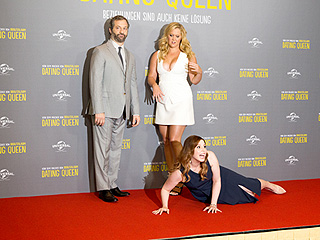 We're Floored: Amy Schumer and Her Trainwreck Cohorts Spoof Her Kim Kardashian and Kanye West Red Carpet Prank
