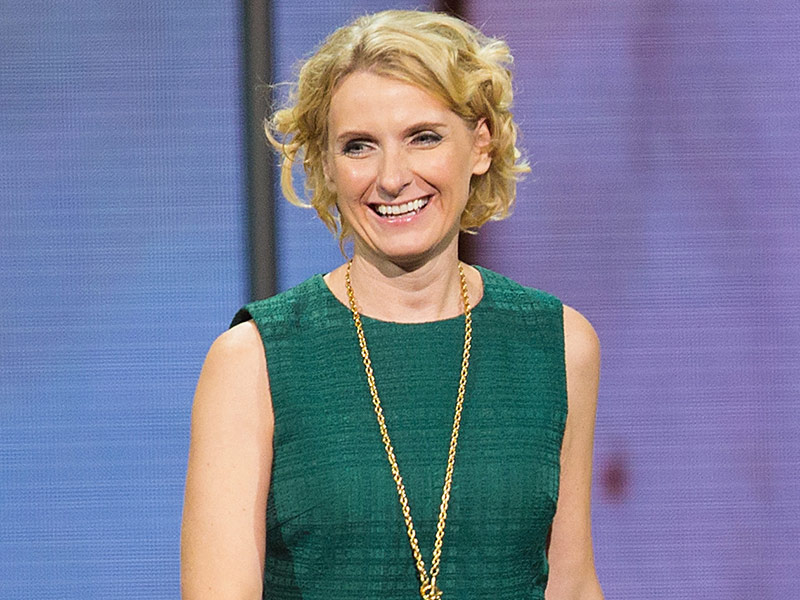 How How Eat, Pray, Love Author Elizabeth Gilbert Cured Her Knee Pain