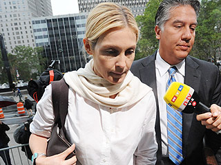 Attorney for Kelly Rutherford's Ex Says Kids Were 'Happy' as They Kissed Her Goodbye: 'It Was Done Very Civilly'