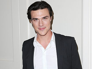 American Horror Story's Finn Wittrock on Working with Philip Seymour Hoffman
