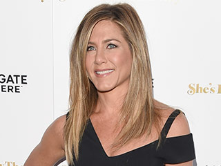Jennifer Aniston Walks First Red Carpet Post-Honeymoon at She's Funny That Way Premiere – Check Out Her Wedding Ring!