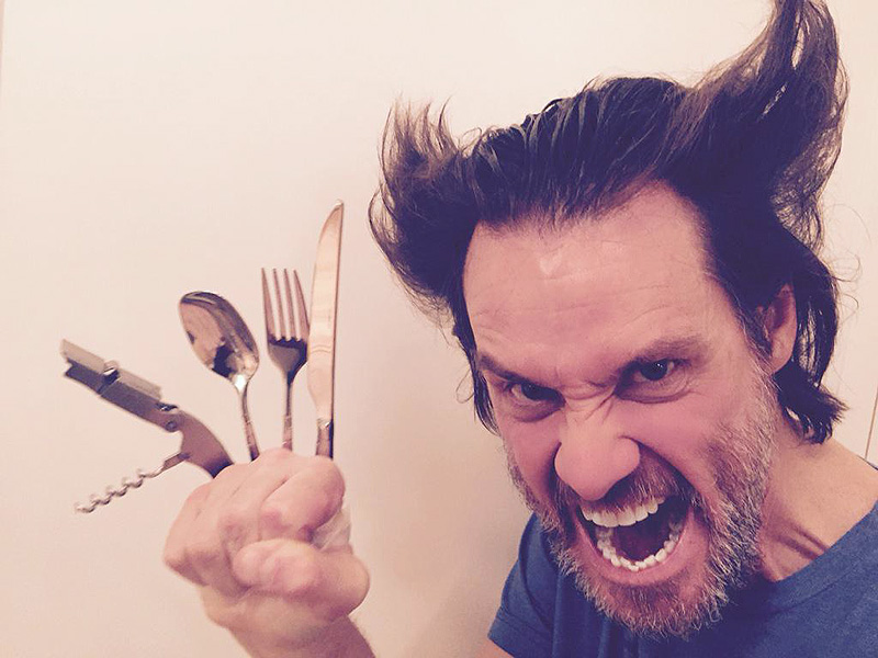 Jim Carrey Impersonates Hugh Jackman as Wolverine : People.com Jim Carrey