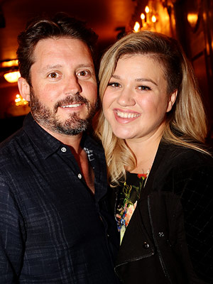 Kelly Clarkson Pregnant Expecting Second Child Brandon Blackstock