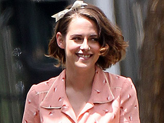 Kristen Stewart, Is That You? Actress Wears Midriff-Baring '50s Ensemble While Filming Mysterious New Woody Allen Movie